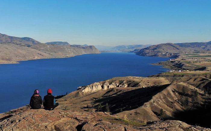 Vue panoramique sur le lac Kamloops