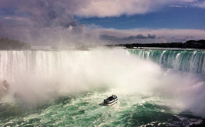 Croisière aux pieds des chutes Niagara